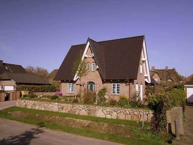 Stilvoll wohnen im Steenhüs Sylt / Morsum - Sylt-Ost - House