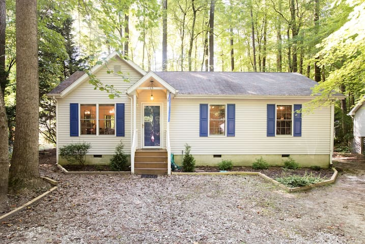 Tortuga Cottage: Your All- Season Getaway