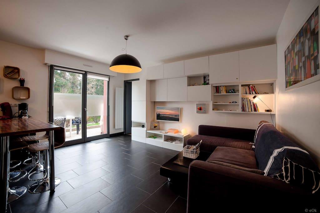 appart avec terrasse plagedurosais condominiums for rent. Black Bedroom Furniture Sets. Home Design Ideas
