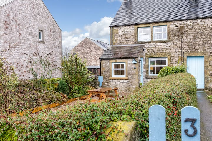 Charming Old Limestone Shepherds Cottage - Derbyshire - Hus