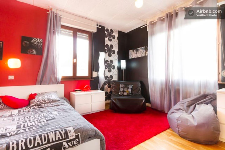 Chambre N°2 dans maison chaleureuse