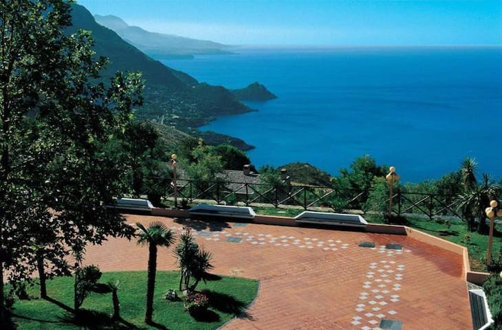 Maratea, Residence Pianeta Maratea