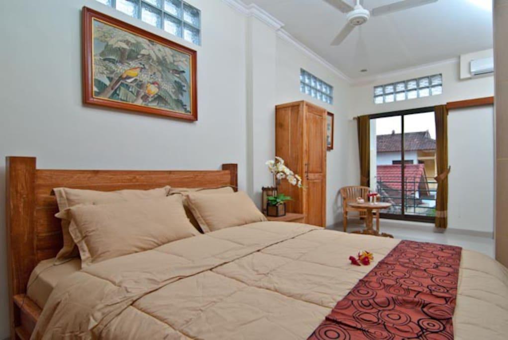 Suite/Family Room: TVs intl channels, refrigerators, ACs, Hot Water rainshowers, ceiling fans, coffee tea maker, kitchenette, free WIFI