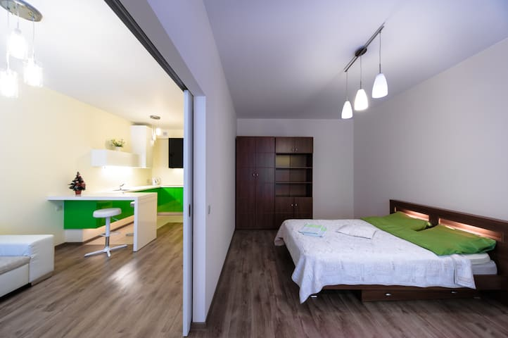 New GREEN apartments near airport - Riga - Appartement