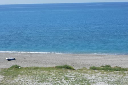 Beautiful apt in front of the sea - Falerna - Appartamento