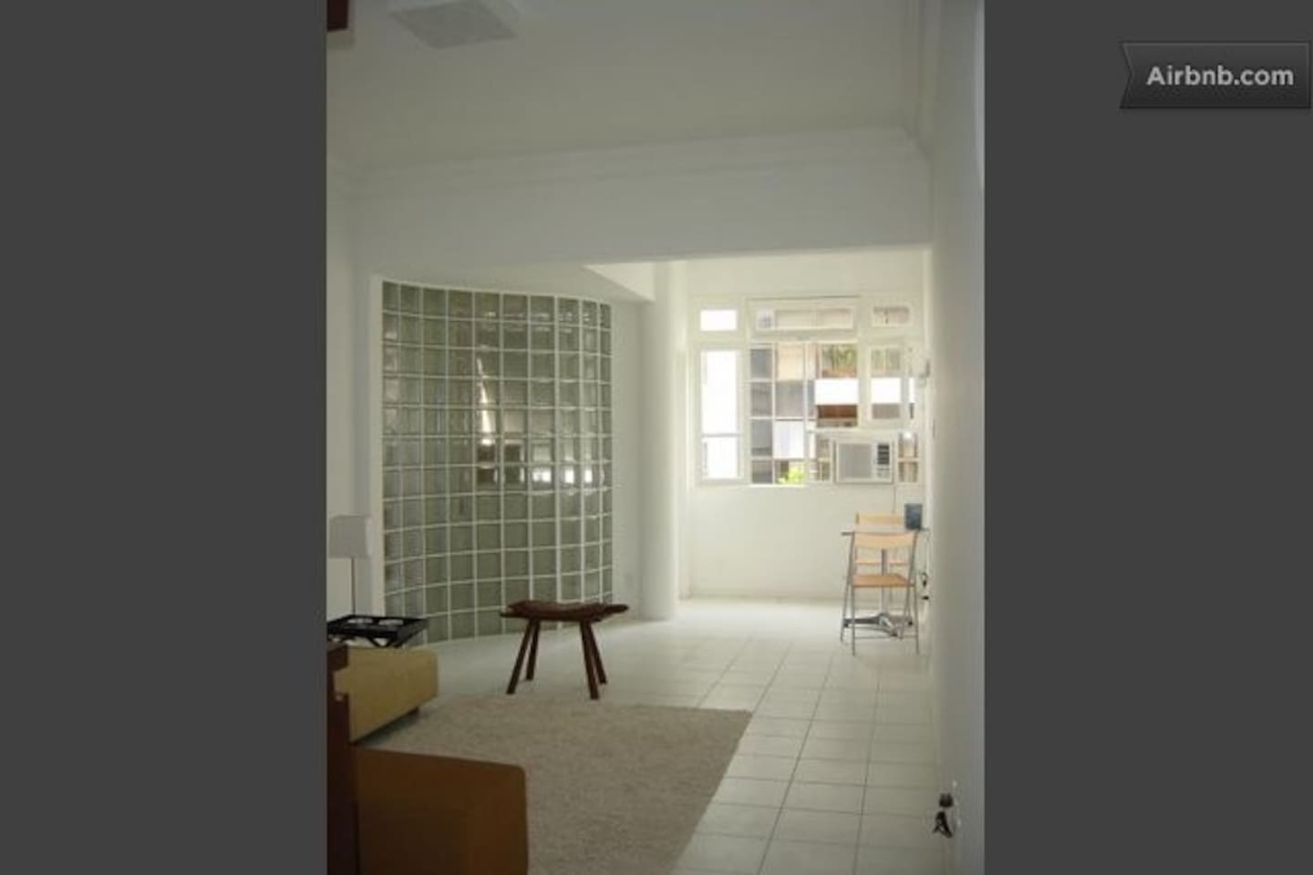 2BR, 2 blocks from Ipanema Beach