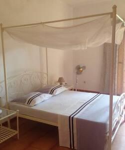 MAISEVA une chambre blanche + petit déjeuner&WIFI - Ngaparou