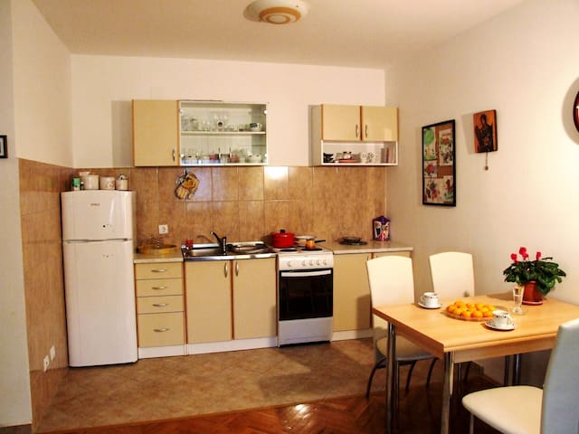 Lovely entire home/apt in Budva - Budva - Appartement