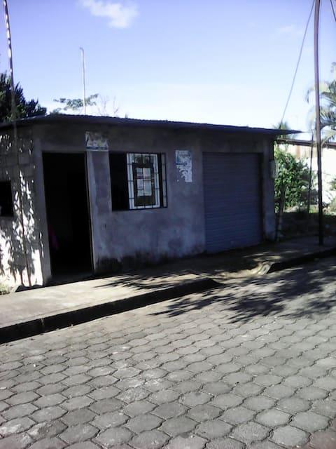 HOSPEDAJE EN ORELLANA, JOYA DE LOS SACHAS