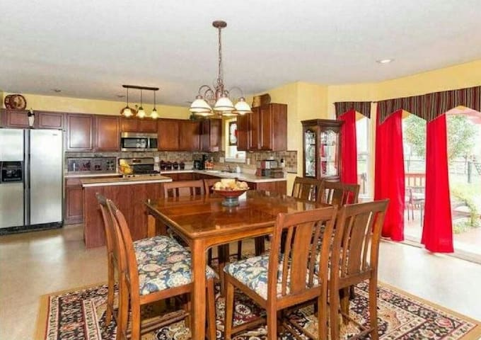 A Cozy, Friendly, Place - McCordsville - Casa