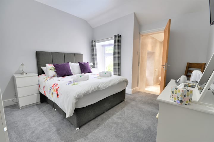 Perfectly located within Snowdonia National Park