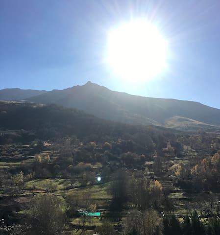 Casa en la Sierra de Gredos - Serranillos - House