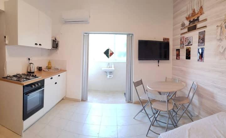 Shantell beach studio