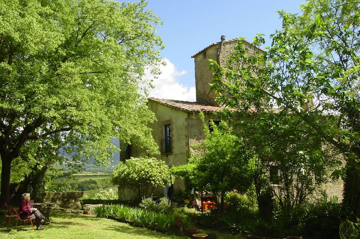 cottage in the pre-Pyrenees, girona - Argelaguer - Bed & Breakfast