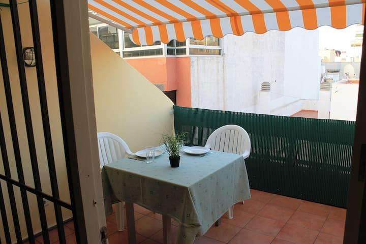 Apartamento con terraza 4 personas