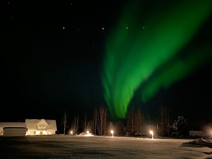 Northern Lights exclusive house by the river