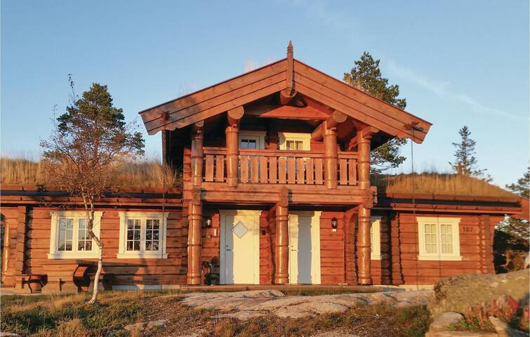 Holiday cottage with 4 bedrooms on 120m² in Dølemo