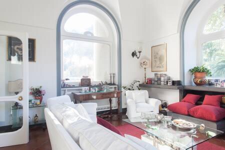 B&B Villa Ocsia charming villa - San Giorgio A Cremano