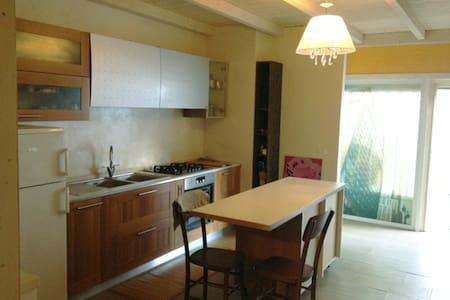 Cozy & quite House M2 40' to Duomo - Basiano