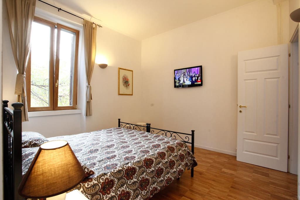 john cabot uni lovely apartment wohnungen zur miete in rom latium italien. Black Bedroom Furniture Sets. Home Design Ideas