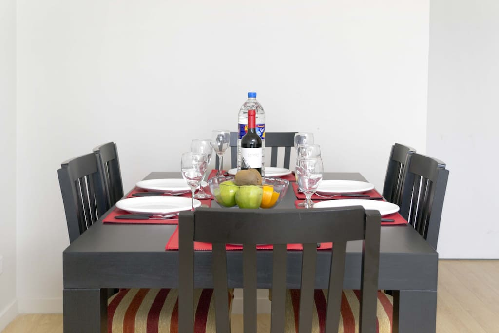 The dining table easily seats 6.  Perfect for entertaining!