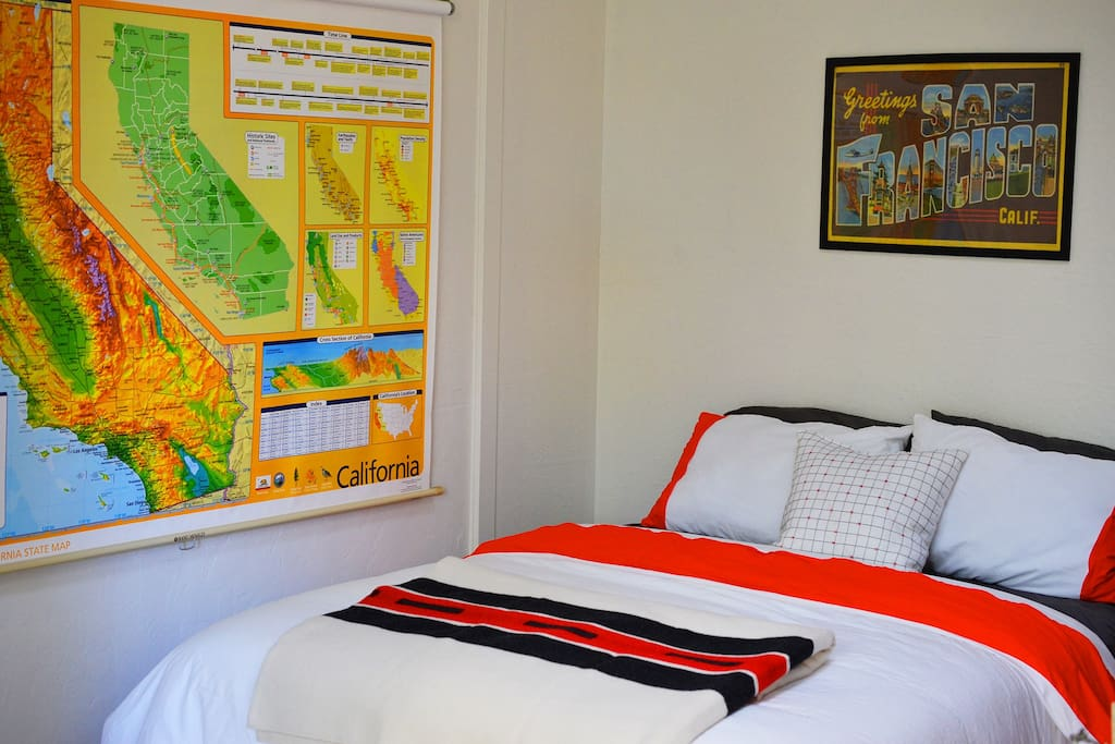 From the bed, you can locate yourself on the map of California