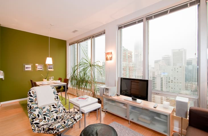 Best Location in Downtown - Bright Beautiful 1bdr