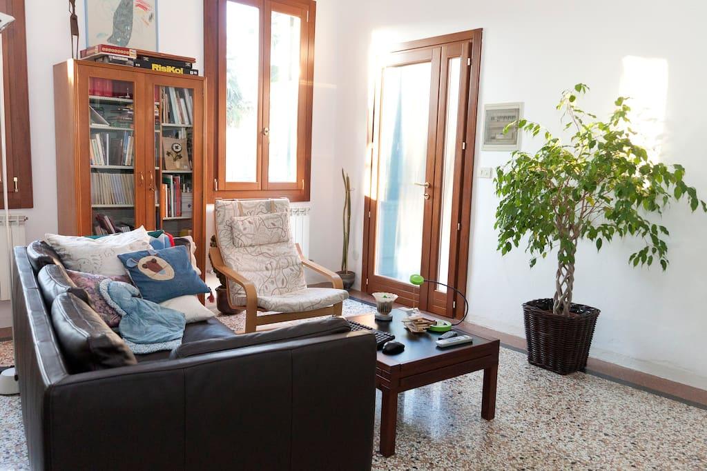 Stanza singola con bagno riservato appartamenti in affitto a mestre veneto italia - Stanza con bagno privato roma ...