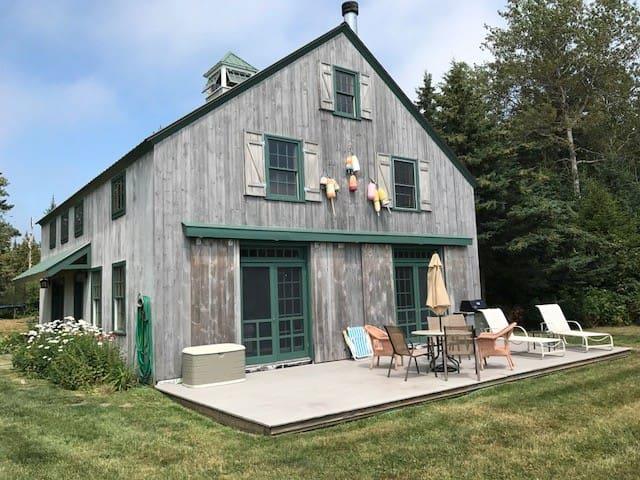 Charming New England Summer Barn - on an island