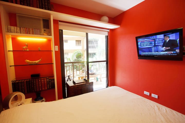 Artsy 2BR ResortSUITE21+WiFi+Kitch, ALABANG nrMall