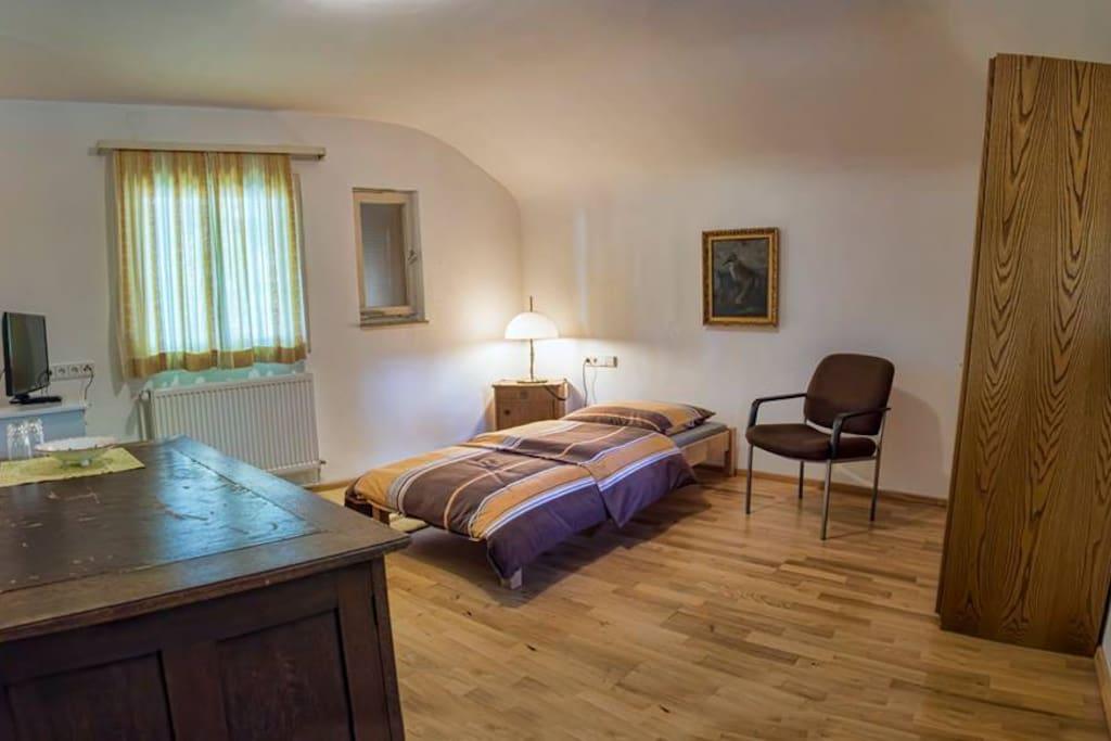 jagdhaus renningen zimmer herbert wohnungen zur miete in renningen baden w rttemberg deutschland. Black Bedroom Furniture Sets. Home Design Ideas