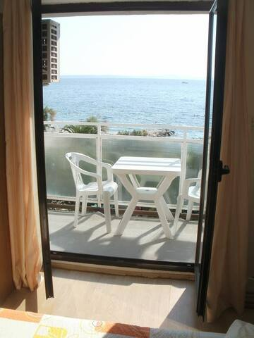 Toni - One Bedroom Apartment with Balcony&Sea View