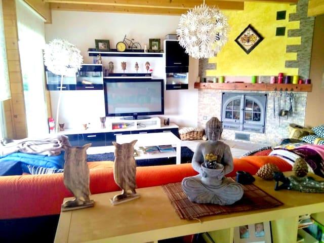 Spacieuse maison avec jardin & Wifi