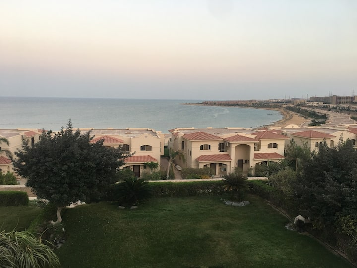 Beautiful Red Sea Chalet 1.5 hours from Cairo