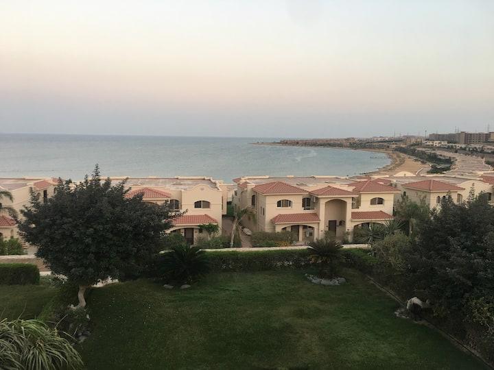 Cozy 3 Bed & 2 Bath ocean view Red Sea Chalet