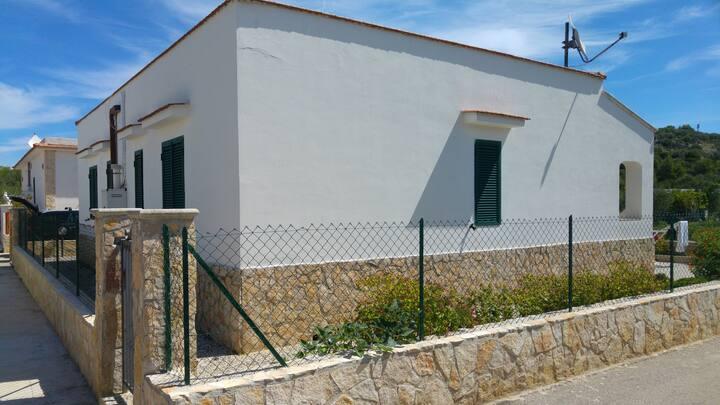 Villino n°5 al mare aVieste