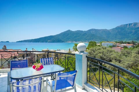 Apartment Sea View-40m from Golden Beach