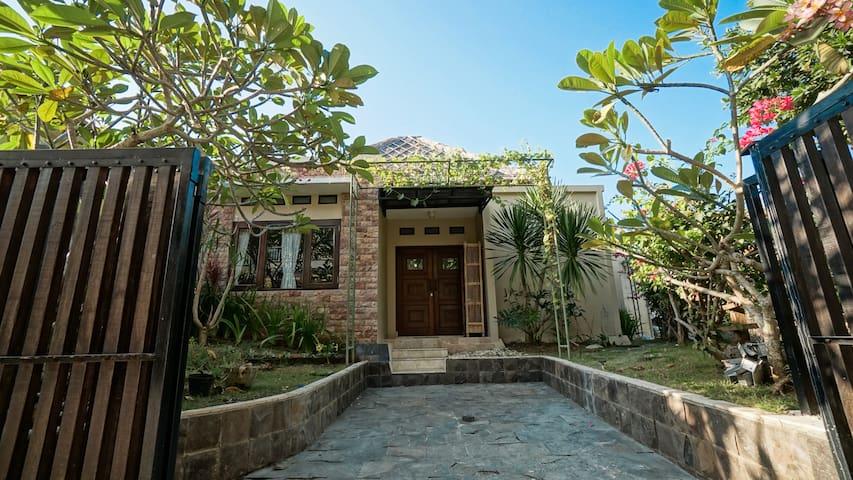 Villa  Beradulima Jimbaran