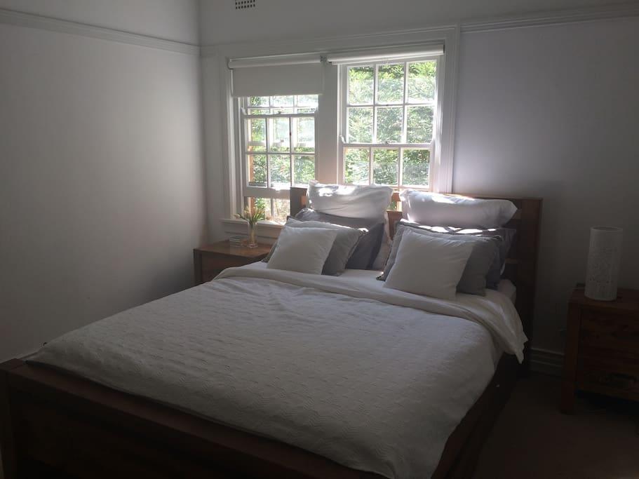 Large queen bedroom