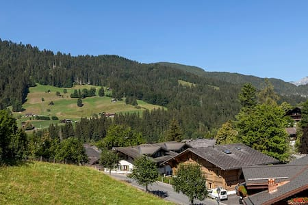 CENTRAL BEAUTIFUL GSTAAD APARTMENT