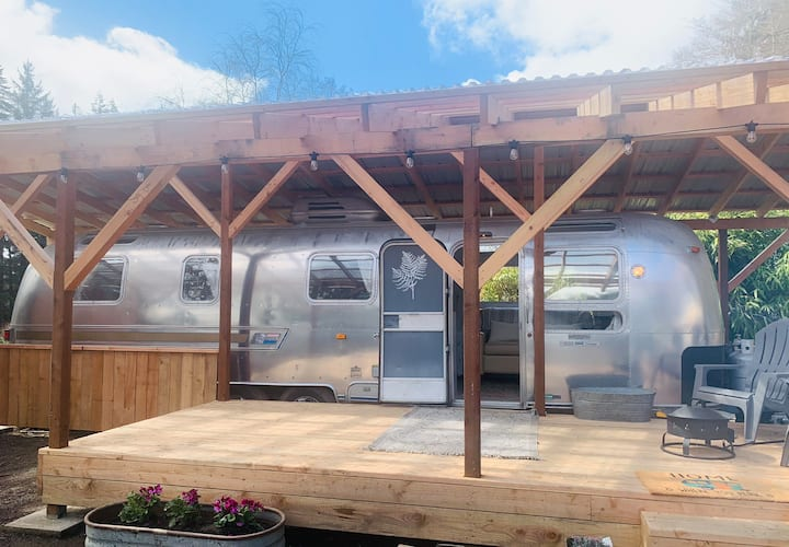 Airstream and Be (Fern)