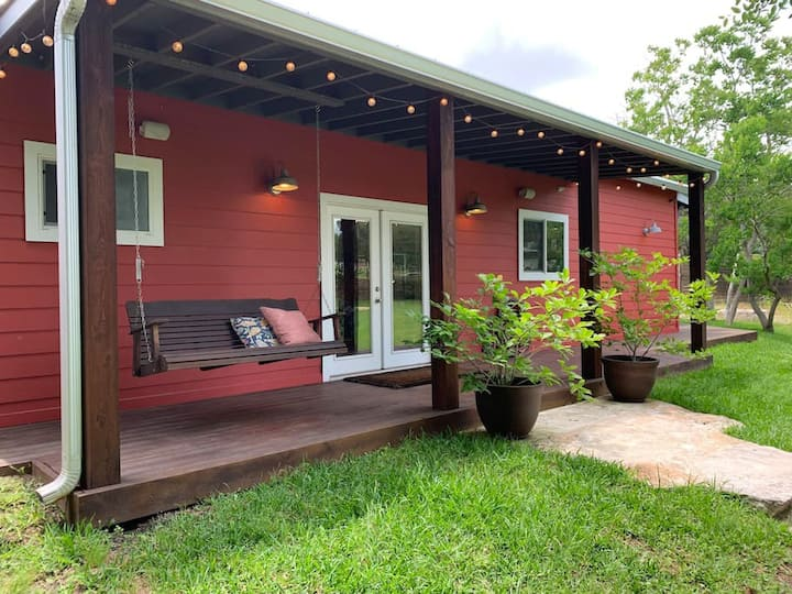 Barn · Real Texas Barn: country charm, city convenience