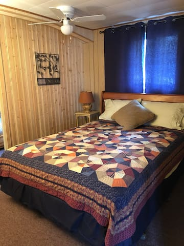 Second bedroom, queen size bed.  Dresser not shown.