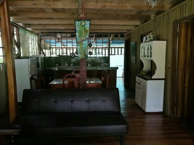 Cozy beach house in Uvita! - Uvita - Casa