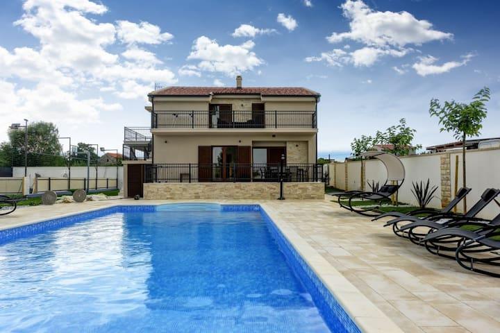 Villa Tona - Croatia Luxury Rent