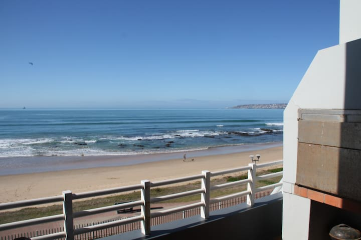 Stunning views, Hartenbos self catering apartment