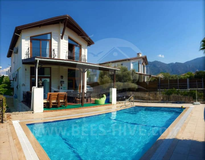 5 Bedroom Ozankoy Villa with Private Pool