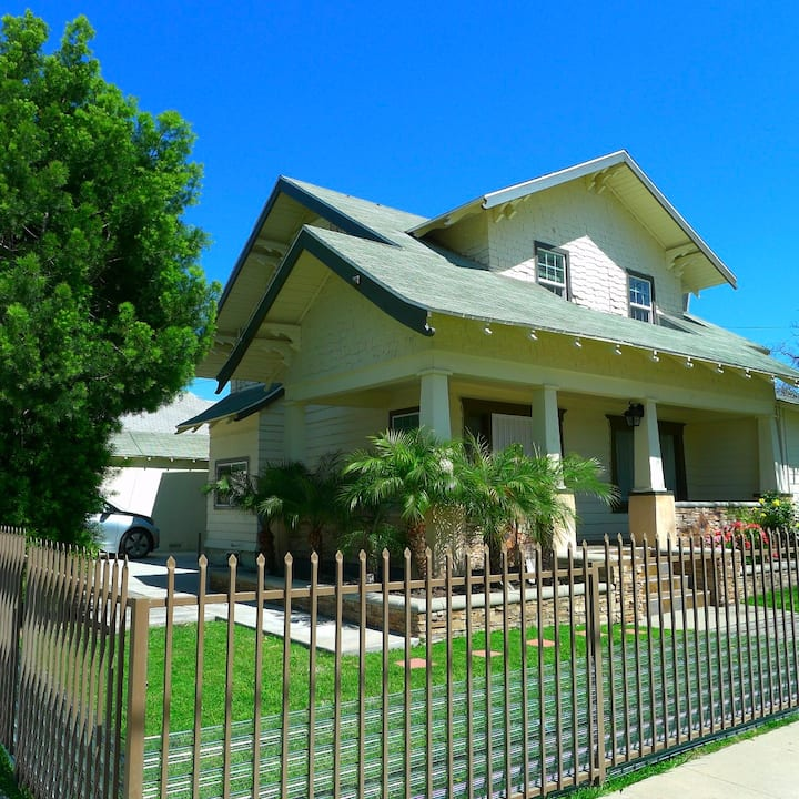 Historic Home in the heart of downtown Pomona