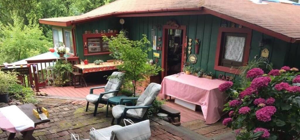 Mount Hermon Garden Cottage
