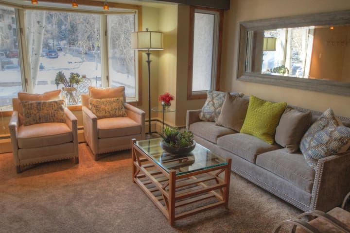Amazing Location just steps away from Vail Village and Golden Peak